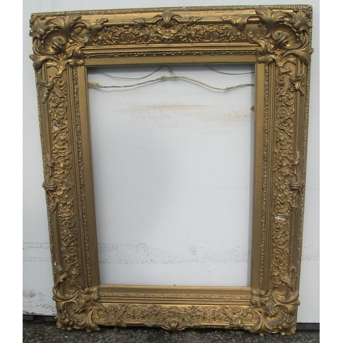 566 - Superb ornate late 19thC gilt gesso frame,  Internal measurements are - 45 x 32 cm...