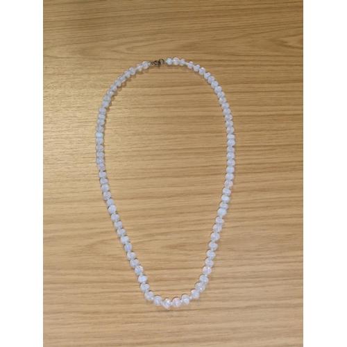 62 - Antique white opal ladies necklace (80 stones),   24