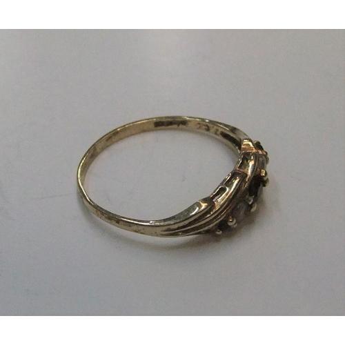 48 - 9ct yellow gold diamond & garnet ring  Approx 1.5 grams gross,             size Q...