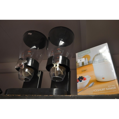 5 - Electric yogurt maker + dual buffet dispenser...
