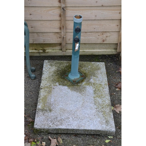 33 - Parasol stand with large granite base...