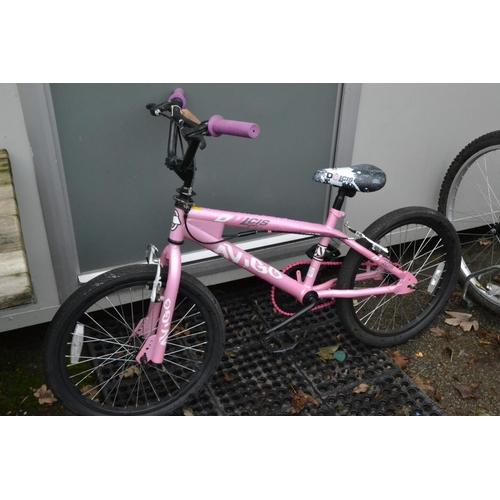 50 - Dulcis Avigo pink BMX...