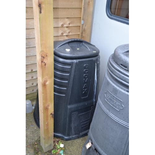 30 - Black Ecomax compost bin with lower dispenser...