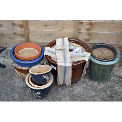 4 - Qty of glazed planters inc. 3 as new brown graduated...