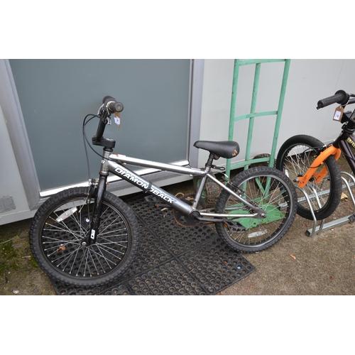 46 - Child's Diamond back bike...