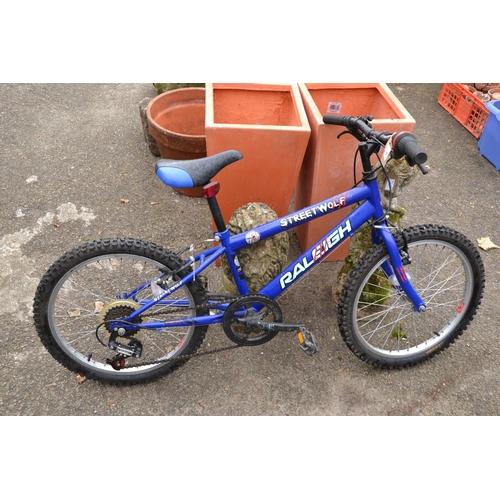 49 - Raleigh street wolf child's mountain bike...