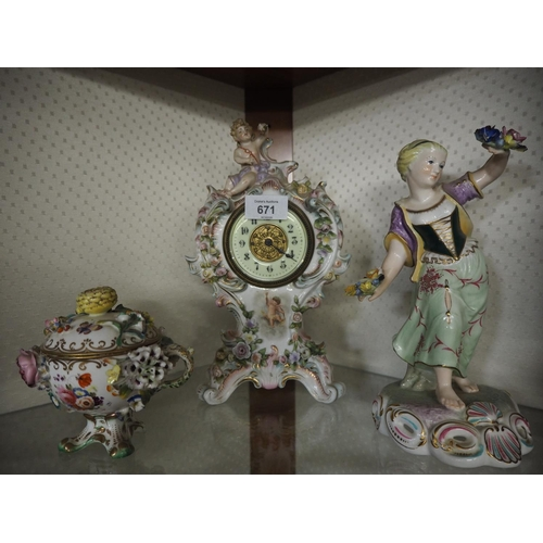 671 - Continental porcelain mantle clock, with putti & encrusted floral decoration, 26.5cmn high, with qua...