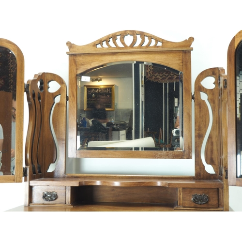 2 - Art Nouveau dressing chest with 2 over 2 drawers and triptych mirror. Width 91 CM. Height 161 CM....