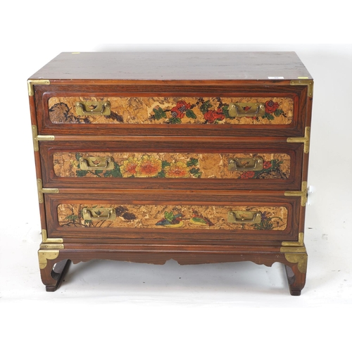 46 - oriental style decorated front 3 drawers chest. Width 72 CM. Depth 40 CM. Height 61 CM....