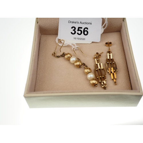 356 - Two pairs of 9ct gold earrings, gross weight 3.4 grams...