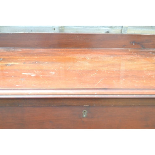 31 - 4 drawer chest W91 D48 H102cm