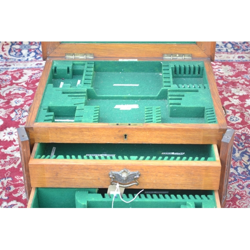 50 - Walker and Hall Oak Cutlery canteen with 2 drawers W50 D40 H25cm