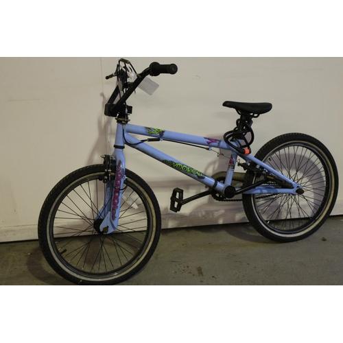 8 - BLUE VERTIGO CHILDS BIKE REF (8441)...