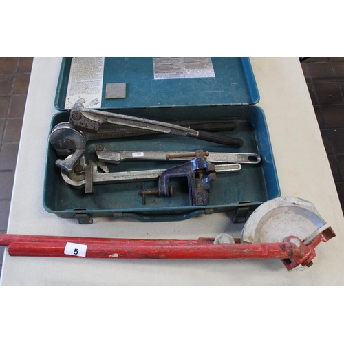5 - 3 PIPE BENDERS & SMALL VICE...
