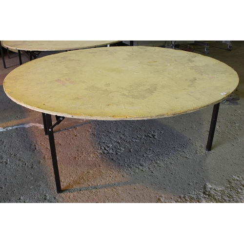 38 - 6FT ROUND BANQUET FOLDING  TABLE...