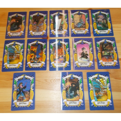 60 - Collectables; Collector Cards; 13 Harry Potter cards (11 different + 2 duplicates), lenticular....