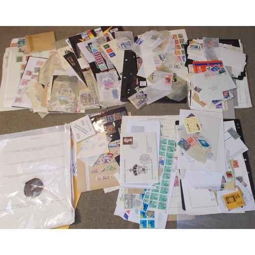 25 - Mixed Lots; file box well-filled with worldwide items inc. UK, Germany, and Gibraltar. Lots of mediu...