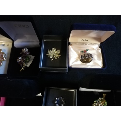 6 - Collection of Ciro brooches inc pig, beehive with bees, cow, birds & turtle + 2 empty bags...