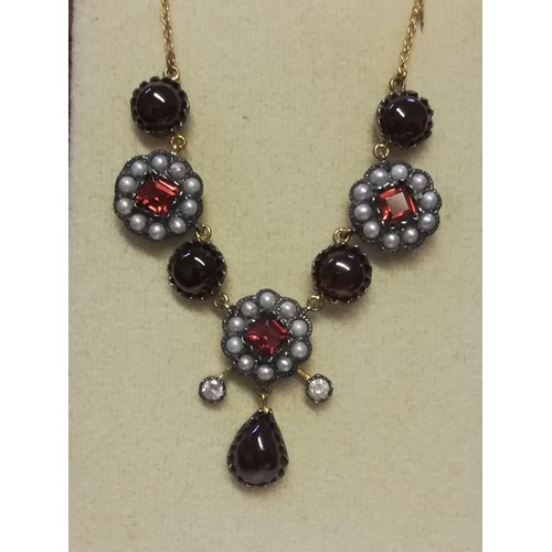 18 - Necklace (18