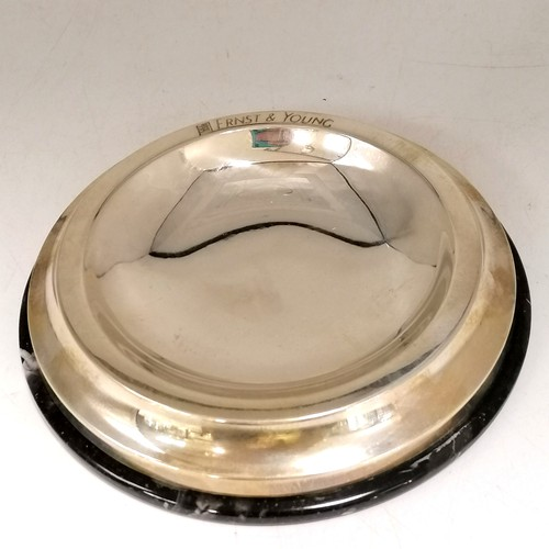 311 - Silver (925) stone based pin dish (detached from base) - silver 56g & 5