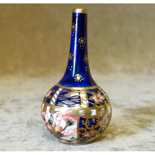 130 - A Royal Crown Derby Miniature Imari Pattern Bulbous Thin Neck Vase, 6cm high...