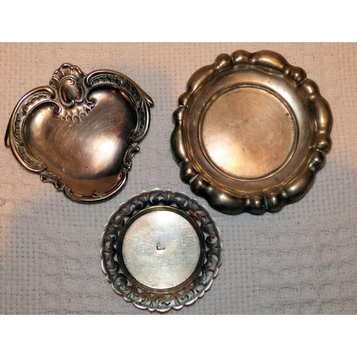 323 - An 800 Silver Coloured Metal Small Round Scalloped Dish having pierced rim, also 2 other dishes (3)...