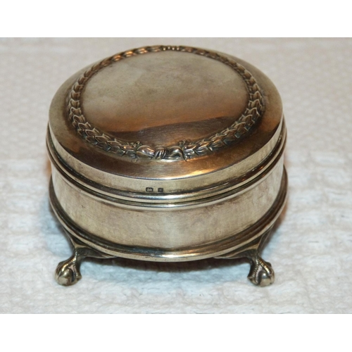 342 - An Edward VII Round Silver Trinket Box having hinged lid (hinge in need of restoration) on splayed c...