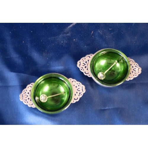413 - A Pair of Edward VII Silver Round 2-Handled Salts with pierced handles, green glass liners, Chester ...