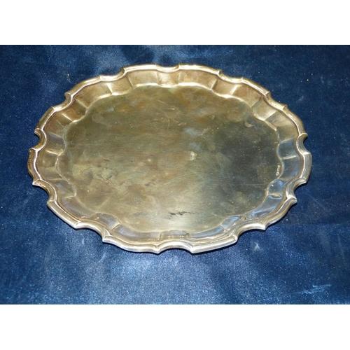 419 - An Orr Silver Coloured Round Pie Crust Salver, 21cm diameter, 10.1oz...