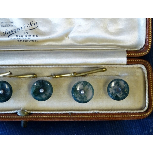 471 - A Set of 6 Moss Agate Gentlemen's Dress Studs set with centre small fresh water pearl (1 missing) in...