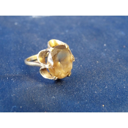 488 - A Small 9ct Gold Ladies Smoky Quartz Ring, size N/M...