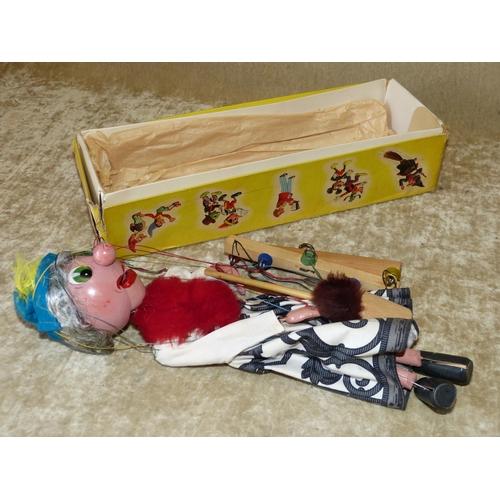 658 - A Pelham Puppet