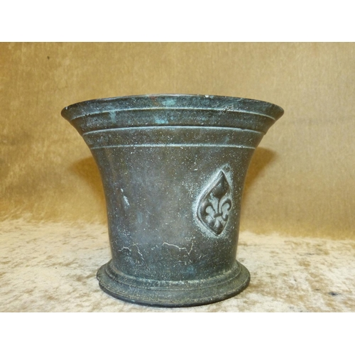 665 - An Antique Bronze Round Trumpet Shape Mortar, 13cm high...