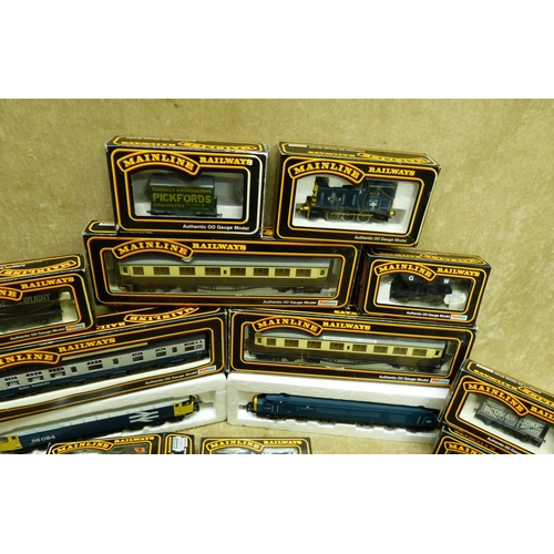 778 - A Mainline 03382 Locomotive boxed, a Mainline 56084 locomotive, a Mainline 45039 locomotive, 3 Mainl...