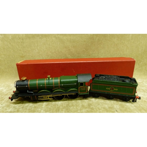 785 - A Hornby Dublo 2220 Locomotive and tender