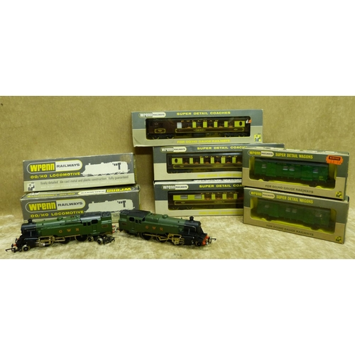 786 - 2 Wren 00 Gauge Locomotives W2220 2-6-4 Tank both boxed, also 5 Wren carriages and trucks all boxed ...