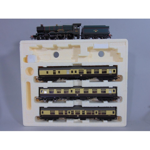 31 - Hornby Train Pack 'The Royal Duchy' R2372M comprising the 'Trematon Castle' locomotive (has been cou...