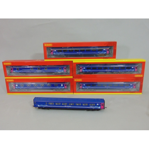 8 - 5 Hornby FGW Mk3 coaches with blue/ magenta livery, boxed, R4370G, R4597A, R4597, R4370C, R470D and ...