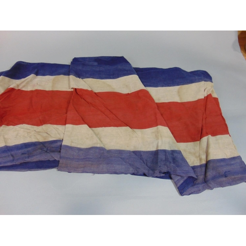 1529 - 3 vintage Union flags together with a quantity of flag cloth (long uncut lengths) in Tricolour. (box...