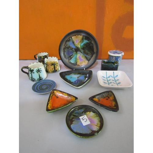 5 - Eric Leaper for Newlyn Pottery - Collection of studio pottery mainly bright mottled dishes in the De...