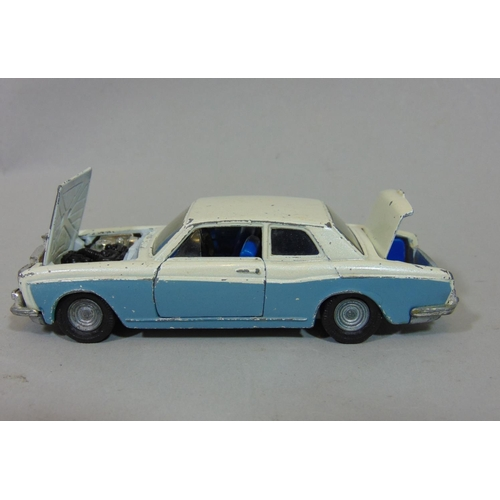 49 - Collection of model vehicles by Dinky, Corgi, Tri-ang and Matchbox etc including a Dinky Ford D 800 ...