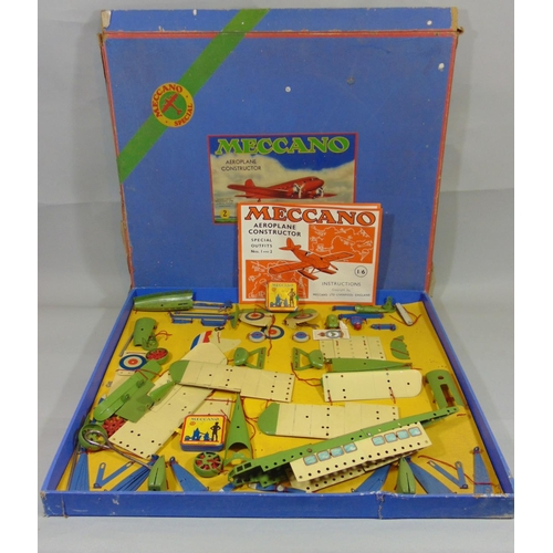 51 - Large boxed Meccano Aeroplane constructor set with original instruction booklet for Special Outfits ...
