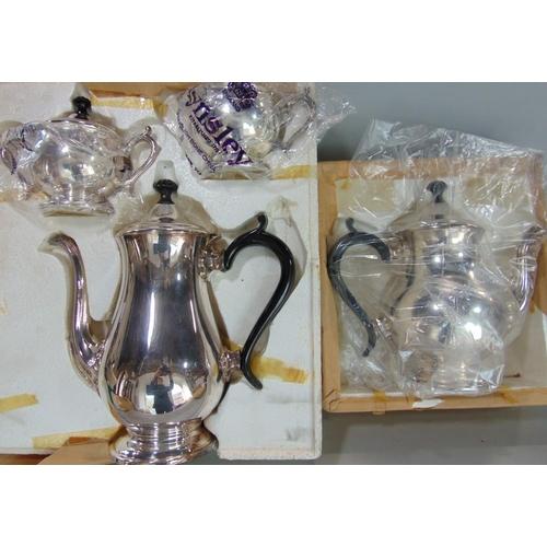Aynsley four piece baluster tea service, in original packaging