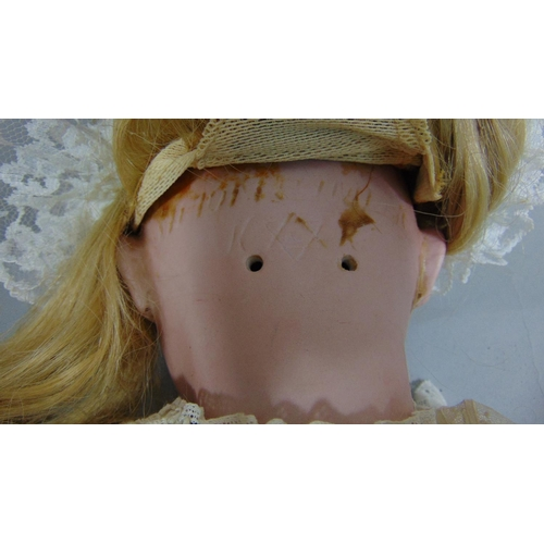 46 - Early 20th century doll with socket bisque head by Simon & Halbig for Kammer & Rheinhardt, with join...