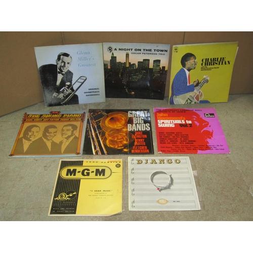 1831 - 30 x vinyl LPs - Jazz/Motown, to include Eddie Lang, Turk Murphy, Peewee Russell, Benny Goodman, Geo...
