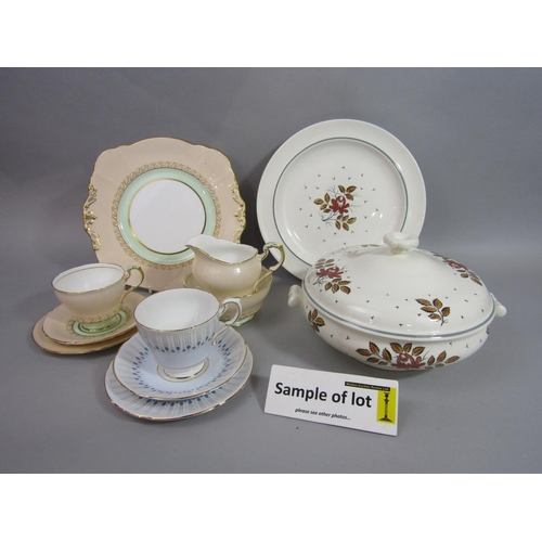 1005 - A collection of Wedgwood Talisman pattern dinnerwares comprising a pair of tureens and covers, sauce...