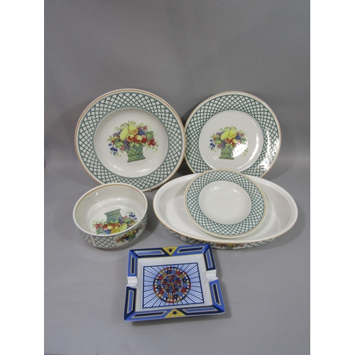 1032 - A collection of Villeroy & Boch basket pattern wares comprising five large oval serving dishes, five...