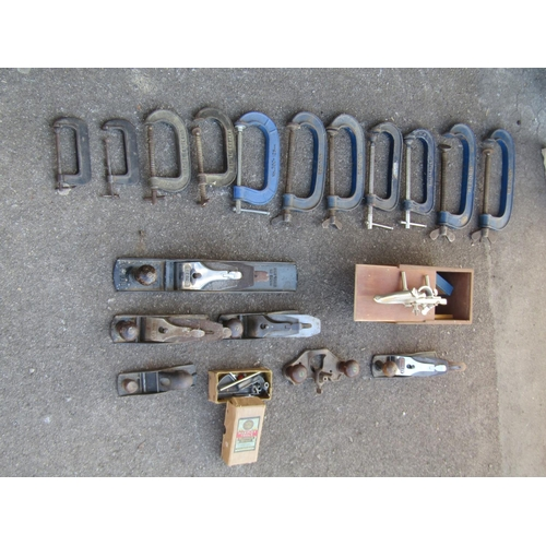 2015 - A quantity of vintage carpentry related hand tools...