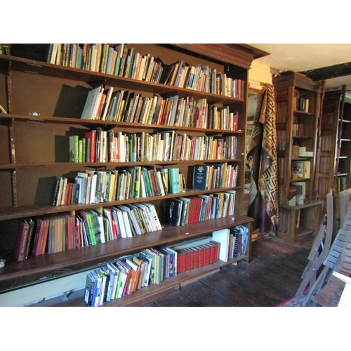 128 - Bookcase H - Large quantity of good quality contemporary books principally covering trees, architect...