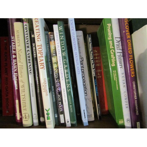 130 - Bookcase J - A large quantity of good quality books mainly relating to gardening with specialist boo...
